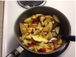apples-mixed-seconds-good-for-juicing-and-puree-per-kilo